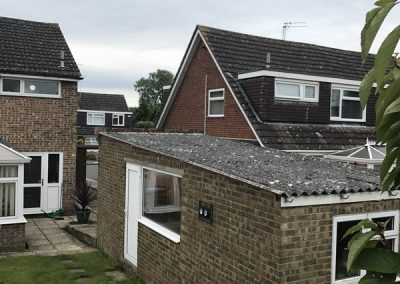 asbestos-roof-removal-luton-before-2