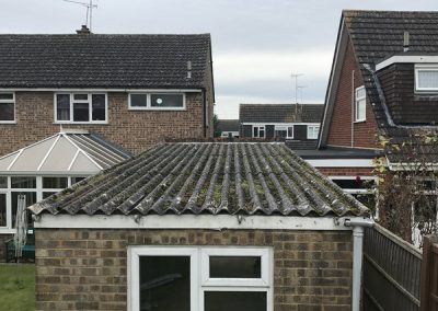 asbestos-roof-removal-luton-before-3